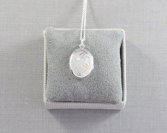 Tiny Sterling Silver Oval Locket Necklace, Vintage Birks Small Photo Pendant - Quintessential