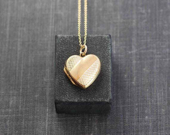 Gold Heart Locket Necklace, Small 9ct Back and Front Pattern Engraved Vintage Photo Pendant - Dazzling Lines