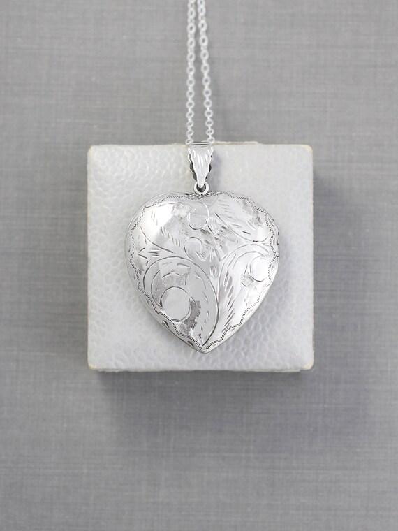 Large Sterling Silver Heart Locket Necklace, Acanthus Leaf Engraved Double Side Photo Pendant Design - Vintage Love Charm