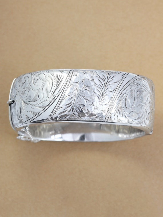 Sterling Silver Bangle Bracelet, Vintage 1961 Floral and Swirl Engraved Hallmarked Lady's Cuff with Clasp - Primrose