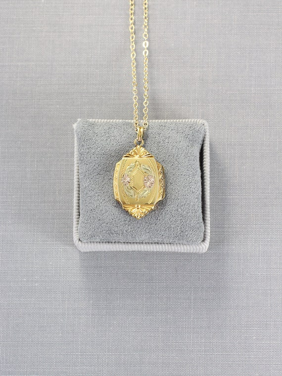 Gold Filled Locket Necklace, Vintage Hayward Photo Pendant - Elaborate Medallion