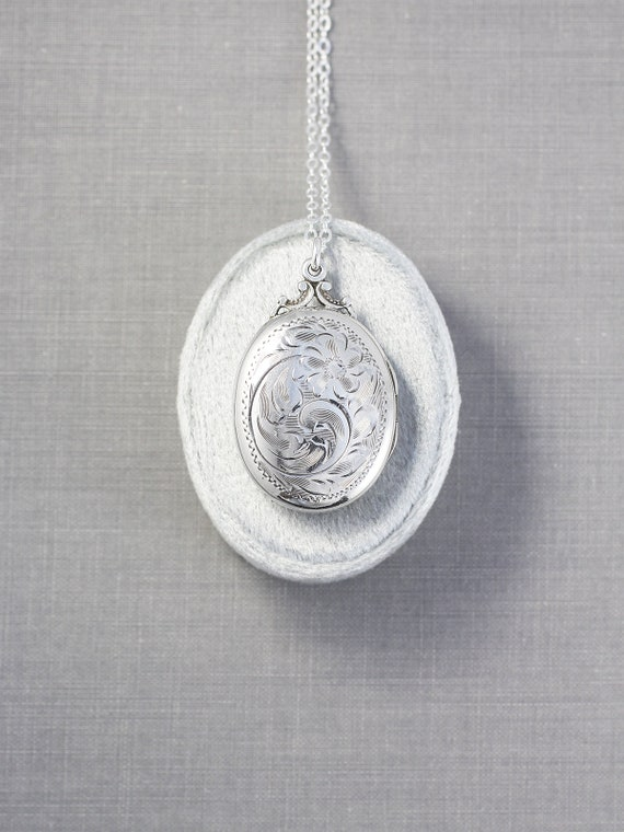 Vintage Sterling Silver Locket Necklace, Oval Photo Pendant Perfect Christmas Gift - Heartfelt Jewelry