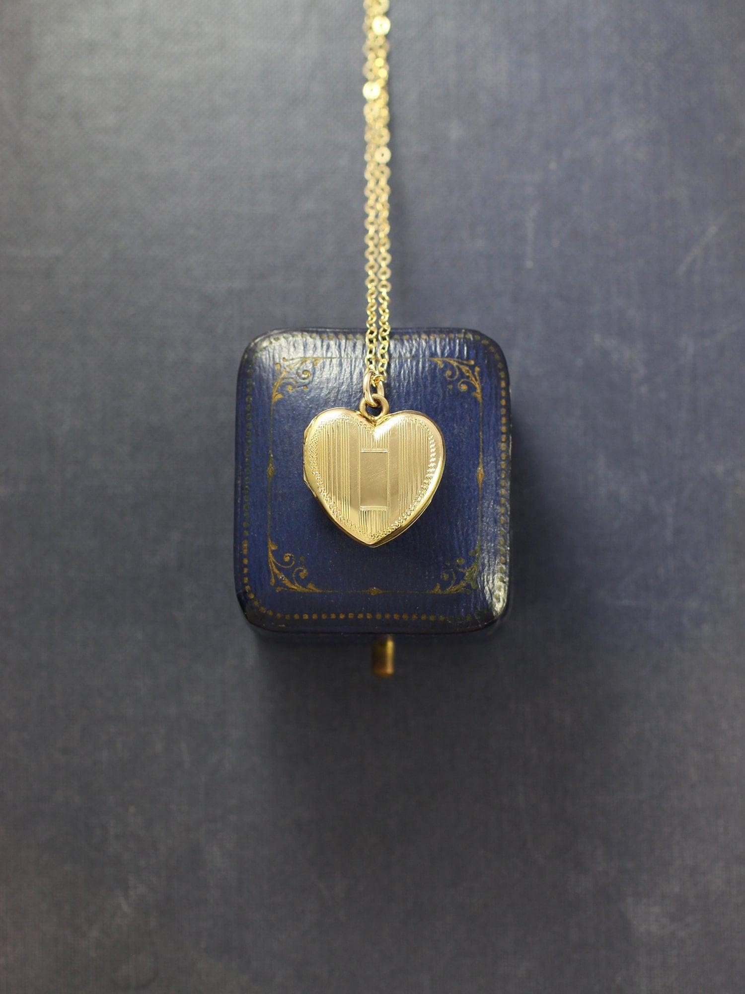 Gold Filled Heart Locket Necklace, Vintage Striped Engraved La Mode