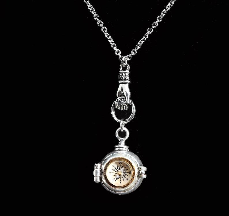 Working Compass Ball Locket Secret Stash Necklace Women Hidden Compartment Compass Locket Necklace Unisex Men Silver Hand