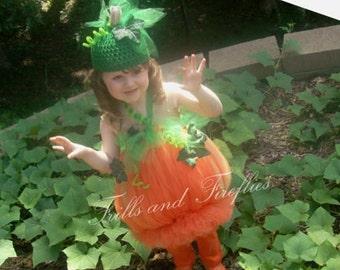 Pumpkin Costume and Hat...2 Pc. Pumpkin Tutu Costume, Halloween Costume, Birthday Costume, Photo Prop, HALLOWEEN DELIVERY!!...Sizes 0 to 6x