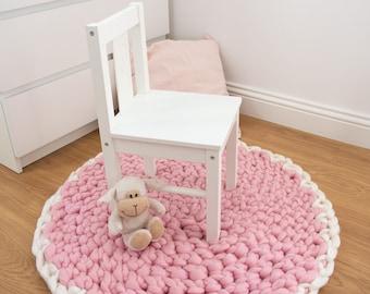 Nursery Rug. Floor Mat. Chunky Knit Round Rug with contrasting edge