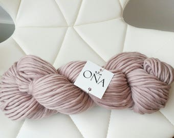Super Chunky Yarn. Merino Wool. Knitting Yarn. Mink