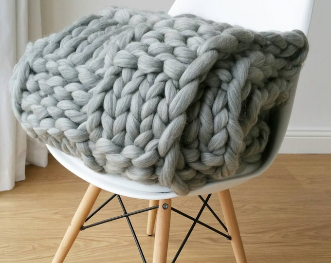 Chunky Knit Blanket Luxury Bed Runner
