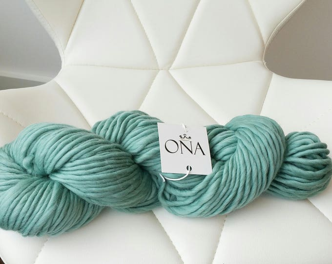 Super Chunky Yarn. Merino Wool. Knitting Yarn. Teal