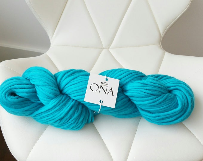 Super Chunky Yarn. Merino Wool. Knitting Yarn. Turquoise