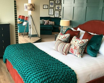 Giant Knit Blanket. Luxury Throw