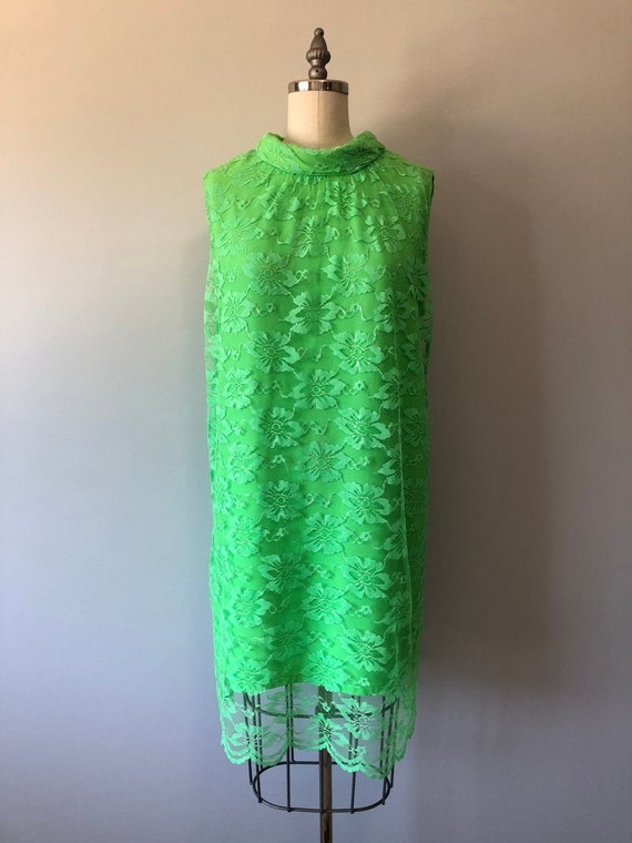 60s Mint Green Dress / Dainty Lace Fabric / Vintag