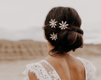 Mod daisy pins, large set of 3, #1606