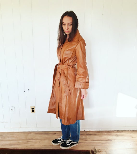 Gorgeous 1970s Orange Brown Striped Leather Hippy… - image 8