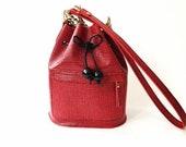 Mini Bucket bag leather, black and red leather, la lisette