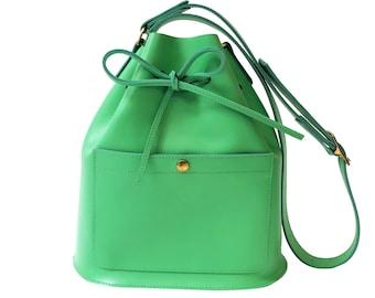 Leather bucket bag La Lisette Vivid Green leather shoulderbag womens bag