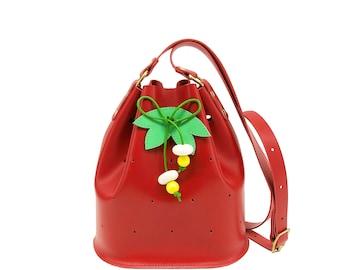 Bucket bag strawberry, mini bucketbag, La Lisette fruit purse