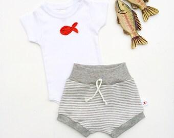Fish Organic Bodysuit, White Baby Bodysuit, Gold Fish Onesie, Red Crab Bodysuit, Dolphin Bodysuit, Newborn Baby Clothes, Unisex Baby Onesie
