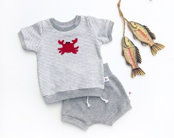 Red Crab Baby Outfit, Beach Kids Outfit, Organic Grey Stripe Shirt, Gray Shorts, Unisex Baby Outfit, New Baby Gift