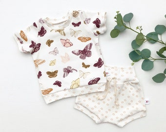 Butterflies Kids Outfit / Butterfly Short Sleeve Baby Shirt / Girl Clothes / Toddler Shirt / Baby Shorts