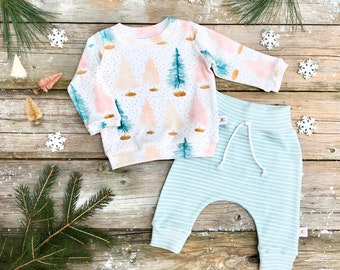 Pastel Christmas Trees Baby Sweatshirt Set / Winter Kids Sweatshirt / Bottle Brush Trees Top / Toddler Shirt / Mint Green Stripe Pants
