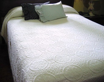 vintage matelasse twin full bedspread ivory off white single double bed fringed spread floral circles coverlet bedding 83 x 105 - Vintage Bedding