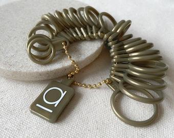 Ring Sizer - US sizes 1 to 13 - half sizes - reusable plastic ring sizer - finger gauge - measure ring - ring sizing guide - measuring -