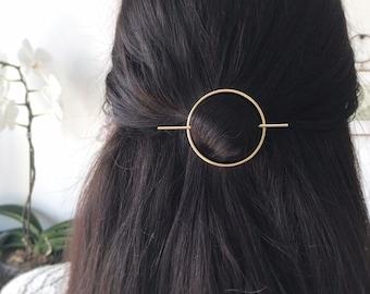 Minimalist gold hair accessories - brass hair clip - gold hair clip - round barrette - hair pin - gold hair slide - geometric hair clip