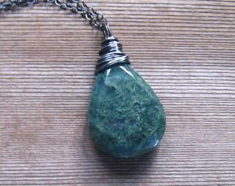 Collier d'Agate de mousse, vert Pierre pendentif, arbre Agate Pierre naturelle, Moss Agate bijoux, en argent Sterling