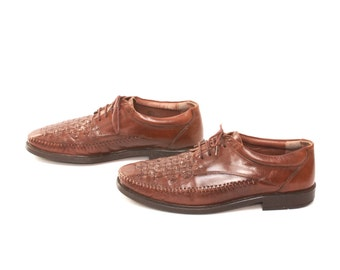 mens size 9 CLARKS brown 80s WOVEN lace up OXFORDS