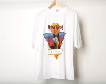f0334aec vintage Cairo, EGYPT super soft PYRAMID hard rock cafe ancient gods super  soft t-shirt -- size medium