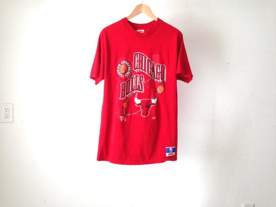 newest ad383 ccd7b vintage CHICAGO BULLS red 90s faded MICHAEL jordan nba champs hoops  basketball size xl oversize t-shirt mens vintage sports shirt