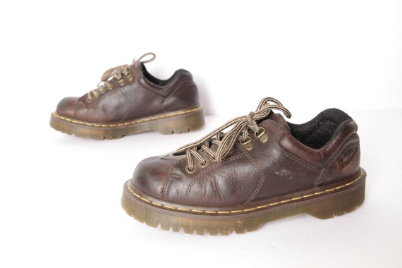 100% authentic clearance look out for mens size 8 DOC MARTEN brown leather 90s Dr Marten's shoes boots