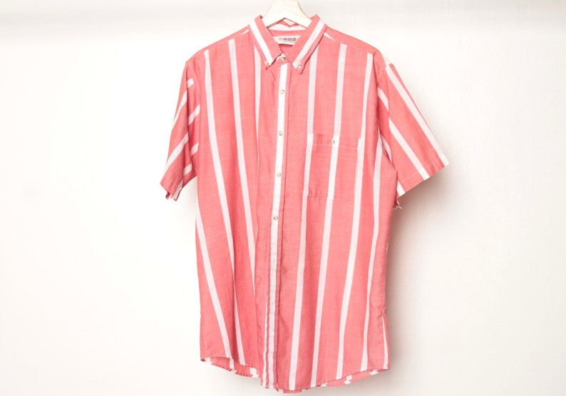 f68e66f659375 GRUNGE vintage short sleeve COLOR block oxford 90s COTTON striped button up  shirt men's red & white oxford shirt top -- size large