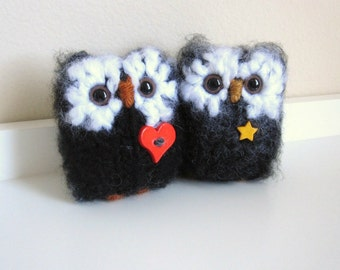 Stuffed Owl Animals, Knitted Wool Owl Pair, Plush Owls, Knit Animals, Charcoal Grey and Black, Love Owl and Night Owl