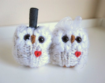 Woodland Wedding Cake Topper, Pair of Snowy Love Owls, Hand Knitted