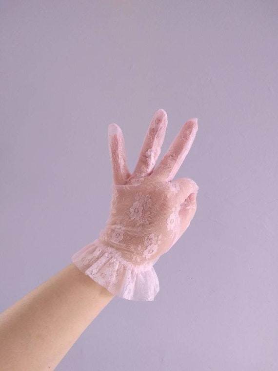 Vintage 80s Pink Lace Gloves, Dead Stock Gloves wi