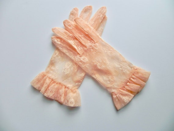 Vintage 80s Peach Lace Gloves, Dead Stock Gloves w