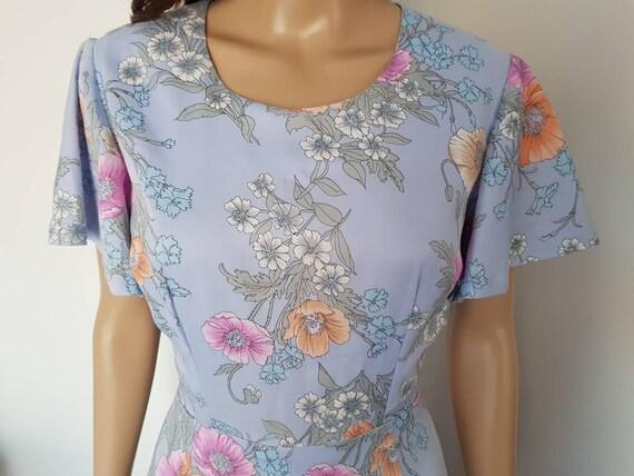 Vintage 70s Lavender Floral Flutter Sleeve Midi D… - image 5
