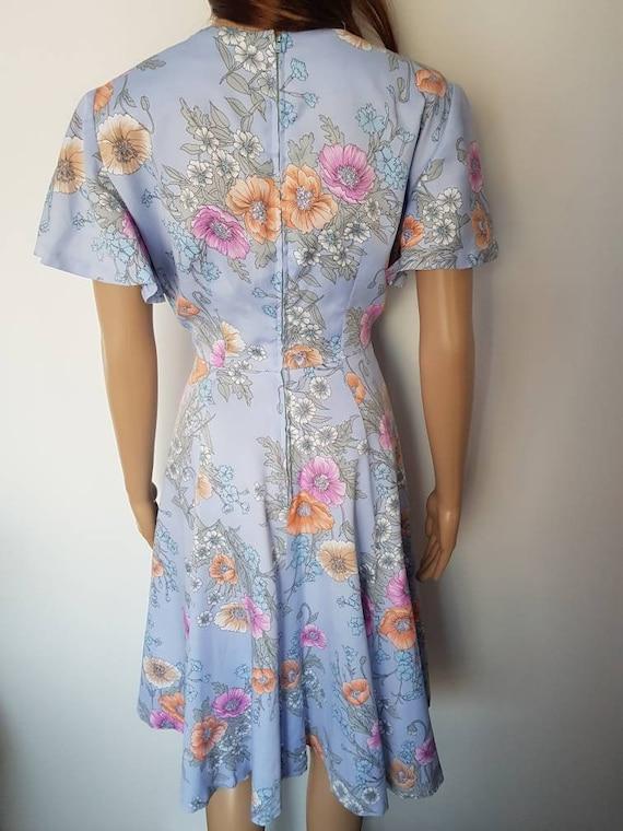 Vintage 70s Lavender Floral Flutter Sleeve Midi D… - image 9