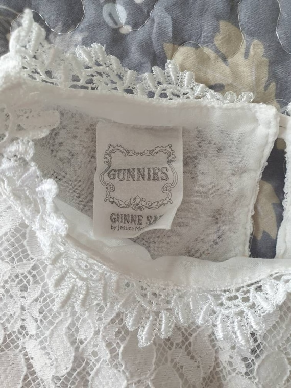 Rare Vintage 70s Gunne Sax White Gauze Lace Ruffl… - image 10