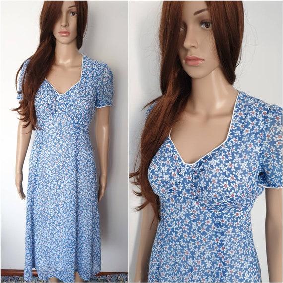 Vintage 70s Young Innocent Arpeja Blue Daisy Midi