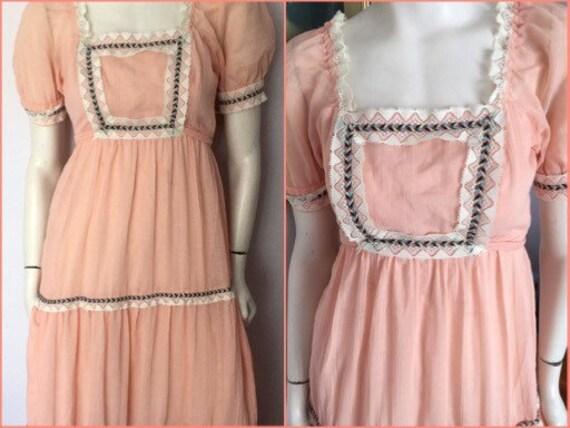Vintage 70s Peach Lace Puff Sleeve Gauze Maxi Dres