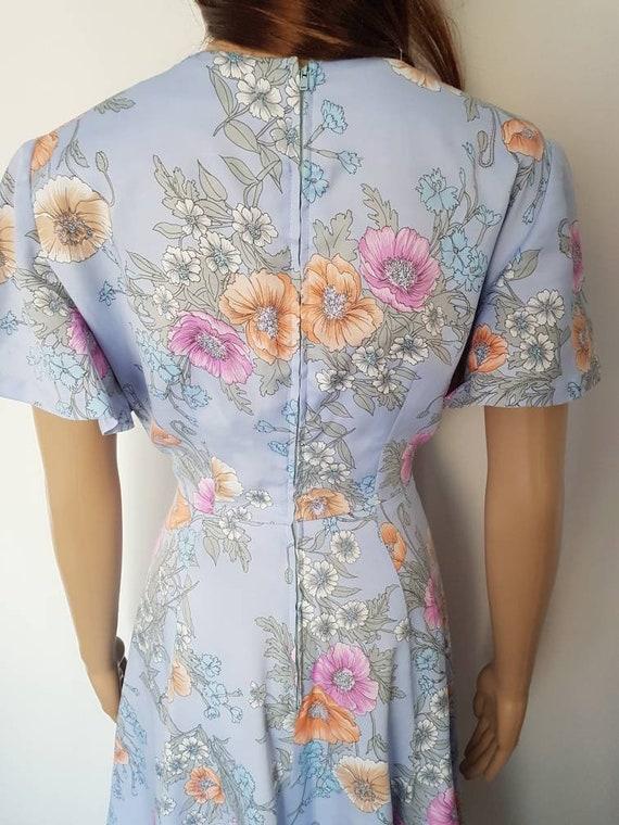 Vintage 70s Lavender Floral Flutter Sleeve Midi D… - image 10