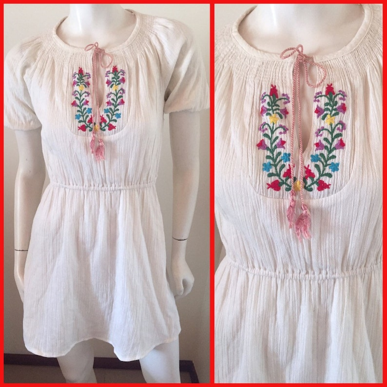 0716c90a8 Vintage 60/70s Ecru Mexican Embroidered Gauze Mini   Etsy