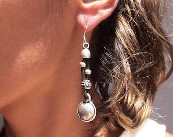 round earrings, dangle earrings, long earrings, silver and leather earrings, sterling silver earrings, stud earrings, Pesonalized