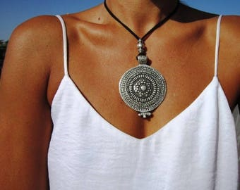 Bohemian necklace, leather necklaces for women, long pendant necklace, boho necklace, leather cord necklace, long necklace boho