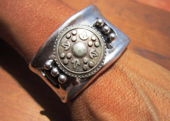 silver cuff bracelet, Womens Cuff, boho jewelry, boho cuffs, leather bracelets, sterling silver bracelets, cuff bracelets, leather bracelets