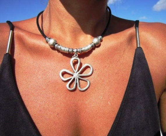 Flower necklace, Boho necklace, leather necklaces for women, long pendant necklace, silver necklace, leather cord necklace, necklace boho