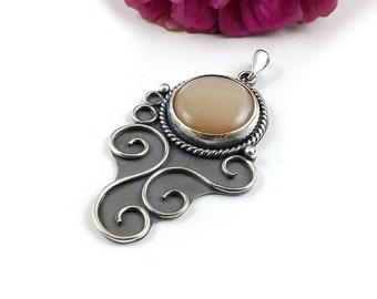 Peach moonstone pendant, silver retro pendant, metalwork jewelry